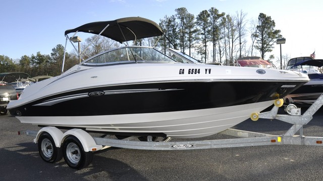 2008 Sea Ray 210 Select